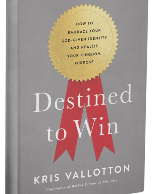 book-review-destined-to-win-by-kris-vallotton