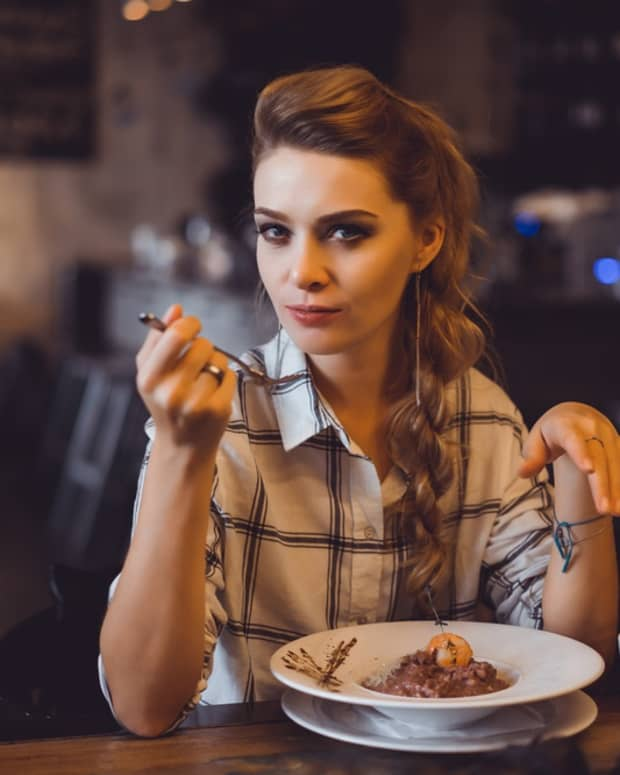 10-rules-for-eating-healthy-when-dining-out