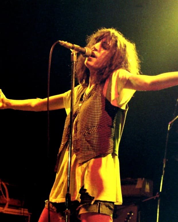 the-literary-world-of-patti-smith