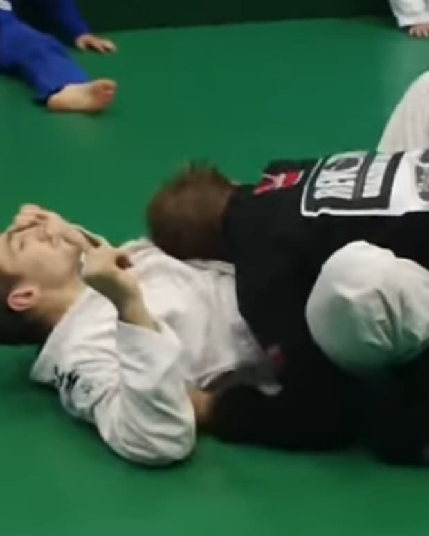2-low-butterfly-guard-passes-for-bjj-competition