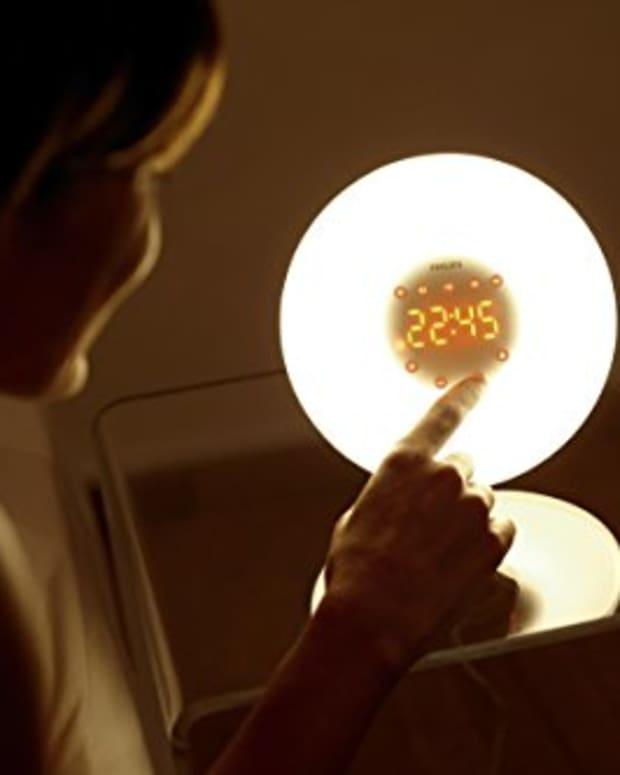 wake-up-easier-sunrise-light-bulb