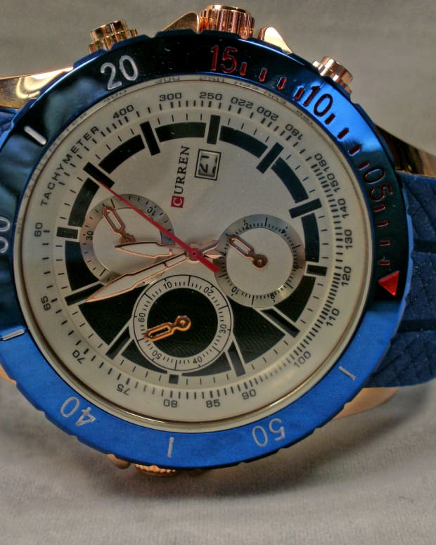 review-of-the-curren-m-8143-mens-sport-watch