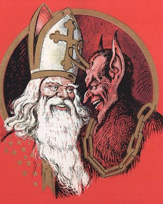 different-versions-of-santa-claus