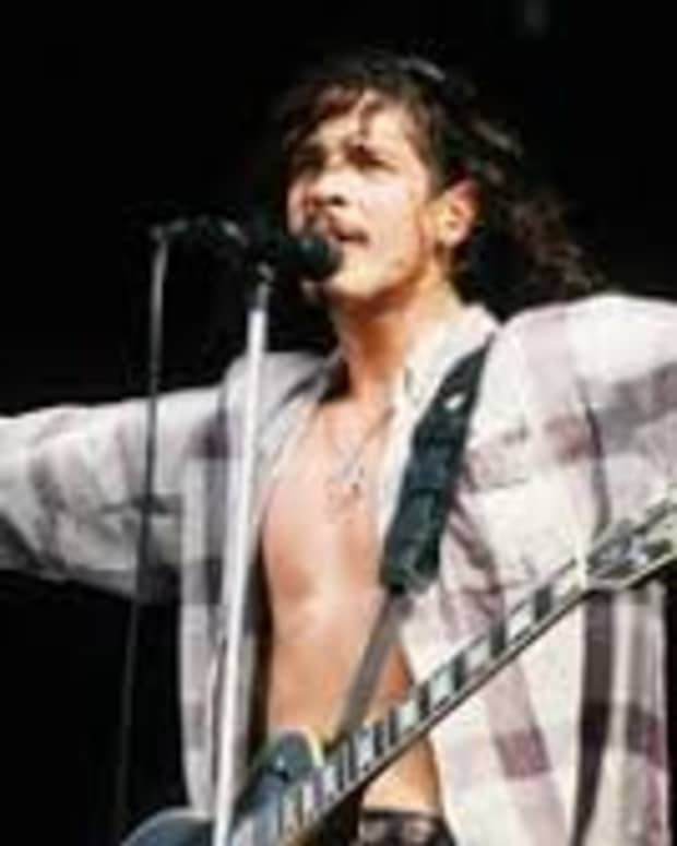 chris-cornell-the-dark-knight-of-grunge
