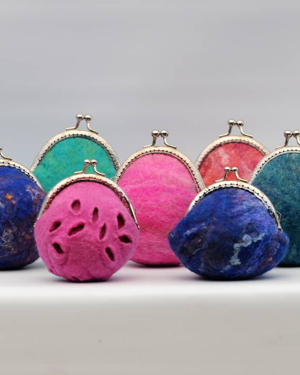 quick-and-easy-multiple-wet-felted-coin-purse-making-with-templates