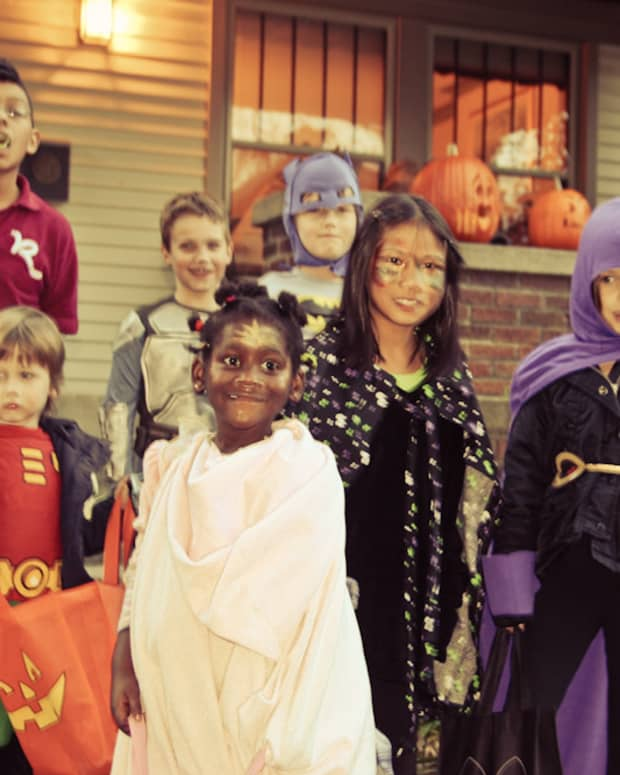 trick-or-treating-poem-for-halloween