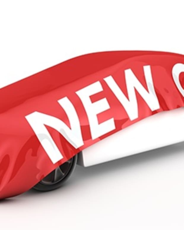 new-car-comparing-leasing-to-buying