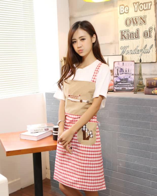 waitress-girl