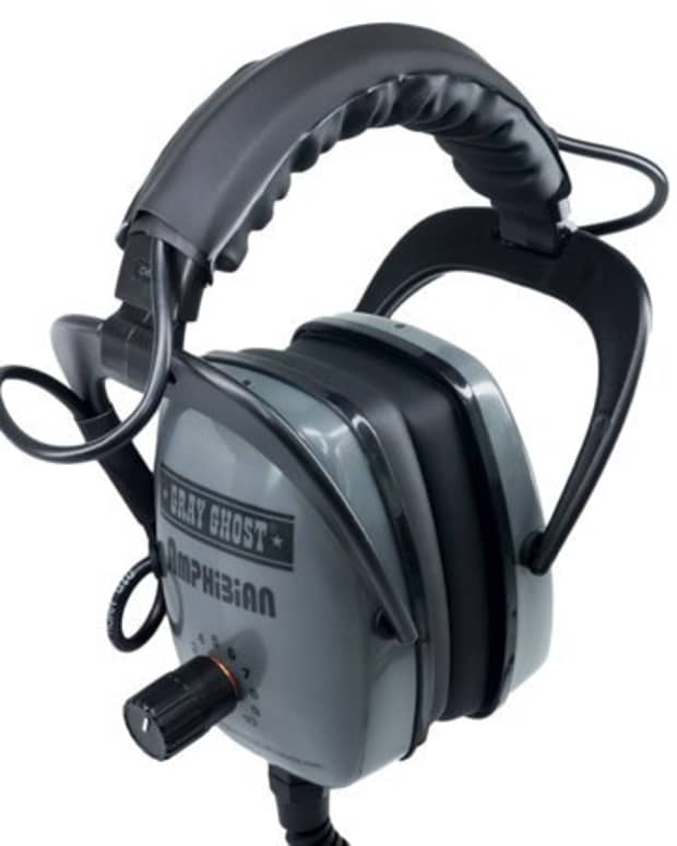 my-review-of-the-gray-ghost-headphones-for-metal-detecting