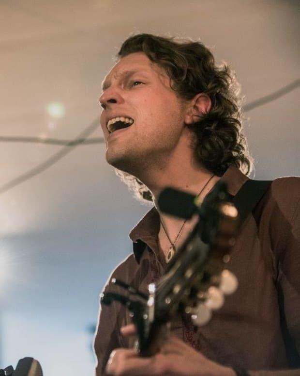flint-feather-canadian-folk-band-profile
