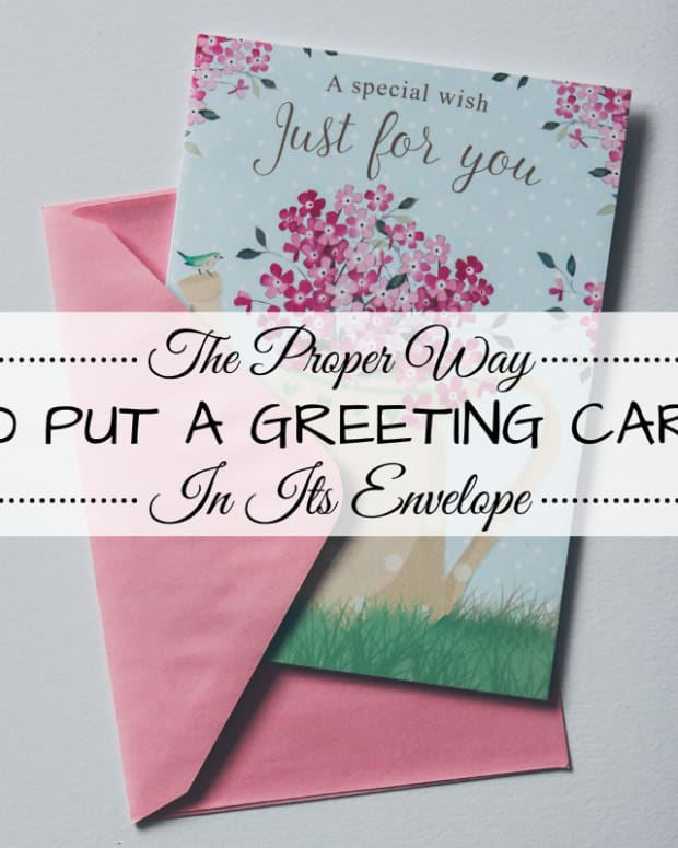 how-to-put-greeting-cards-in-envelopes