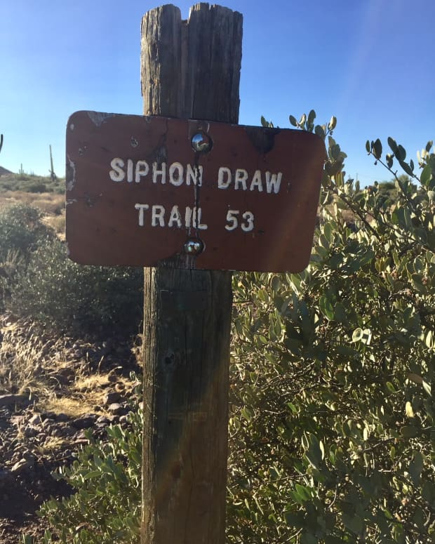 great-hikes-siphon-draw-trail-to-the-basin-apache-junction-az