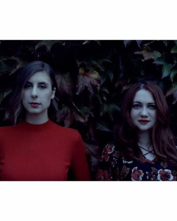hollow-twin-canadian-folk-band-profiled
