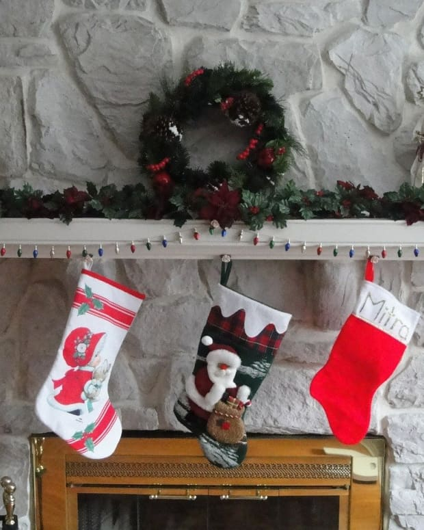 thrifty-gifts-for-a-childs-christmas-stocking
