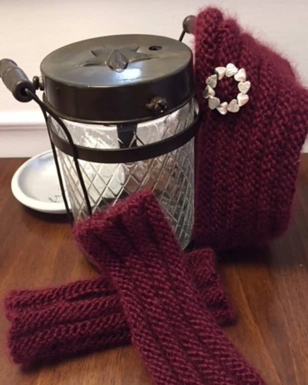 easy-knit-headband-and-mitts