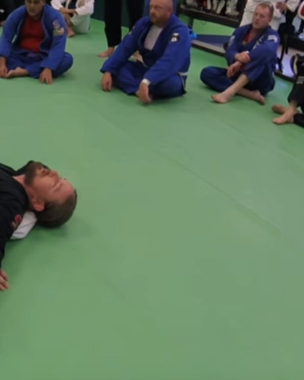 3-ways-to-use-a-duckunder-in-bjj
