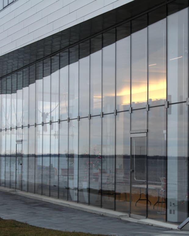 glass-facades-in-kingston-ontario-a-photo-essay