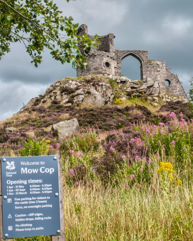 mow-cop-castle-folly-in-the-frame