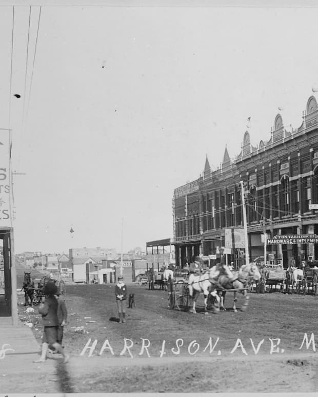 oklahomas-most-haunted-city-ghost-stories-from-guthrie