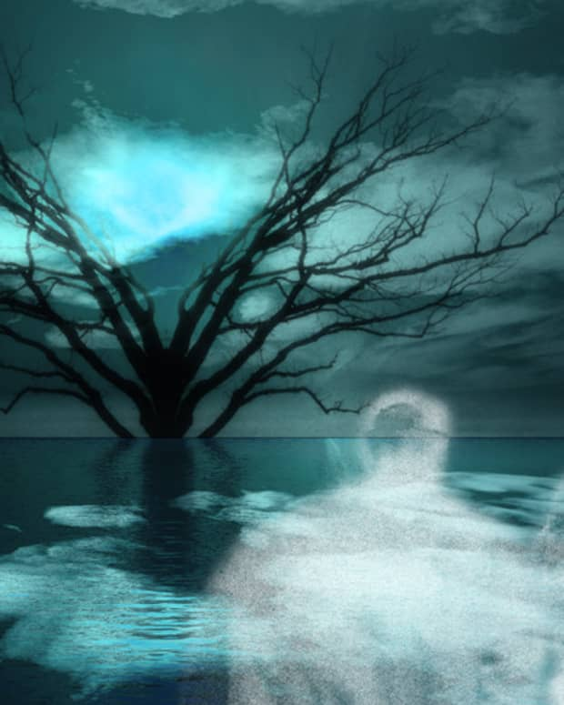ghostly-spirits-in-the-sky