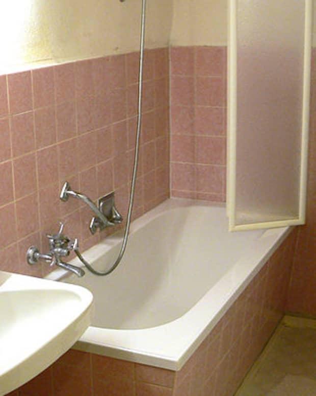 the-evolution-of-shaving-showering-and-bathing