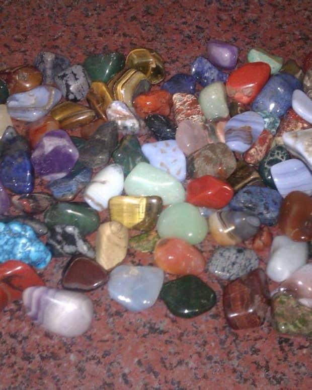 creating-harmony-at-home-using-crystals