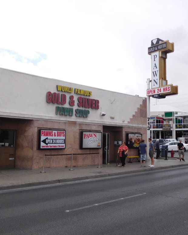 what-its-really-like-to-visit-the-gold-silver-pawn-shop-of-the-pawn-stars-tv-show