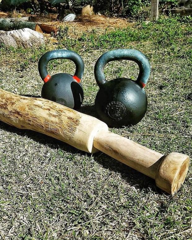 kettlebell-exercises-for-abs