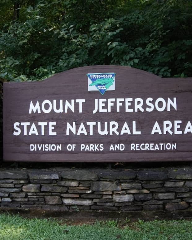 mount-jefferson-state-natural-park-west-jefferson-nc