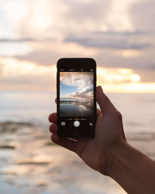 create-passive-income-with-stock-photography-on-your-mobile-phone
