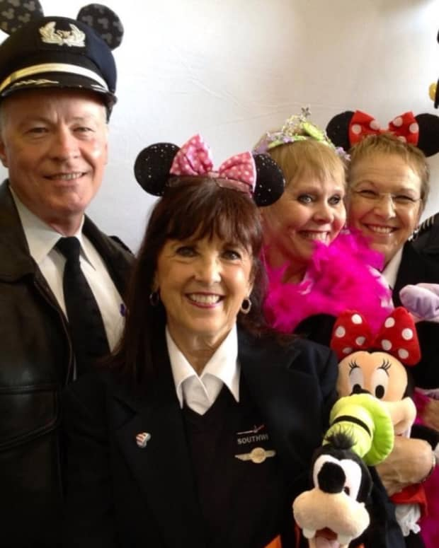 interview-with-flight-attendant-lynnie