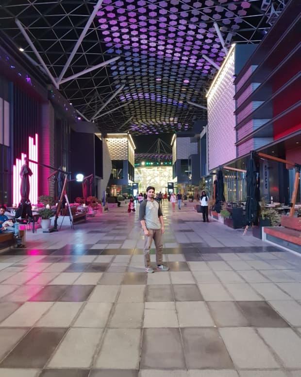 why-you-should-visit-the-city-walk-dubai