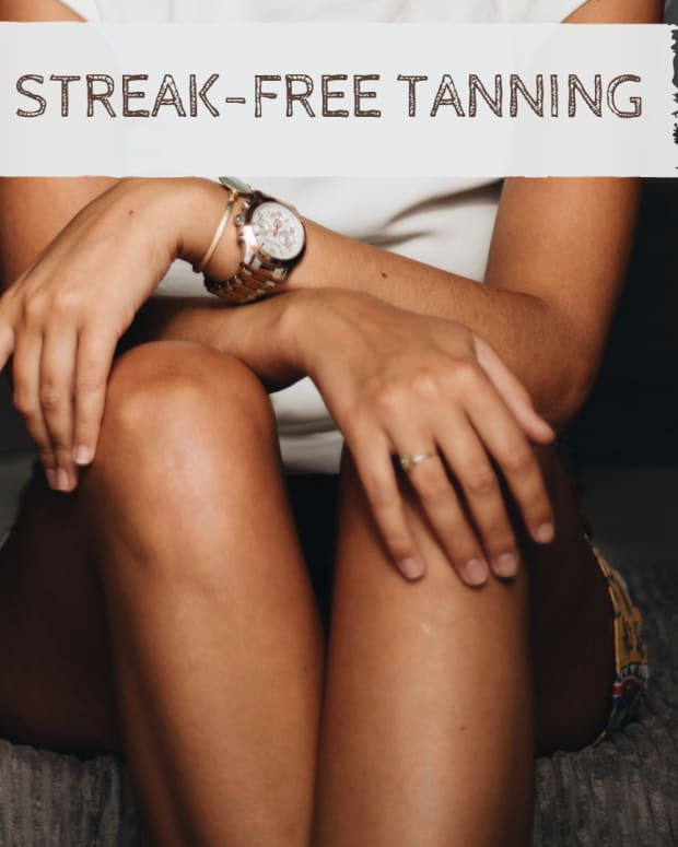 streak-free-sunless-tanner-tips-how-to-apply-fake-tanner-the-right-way