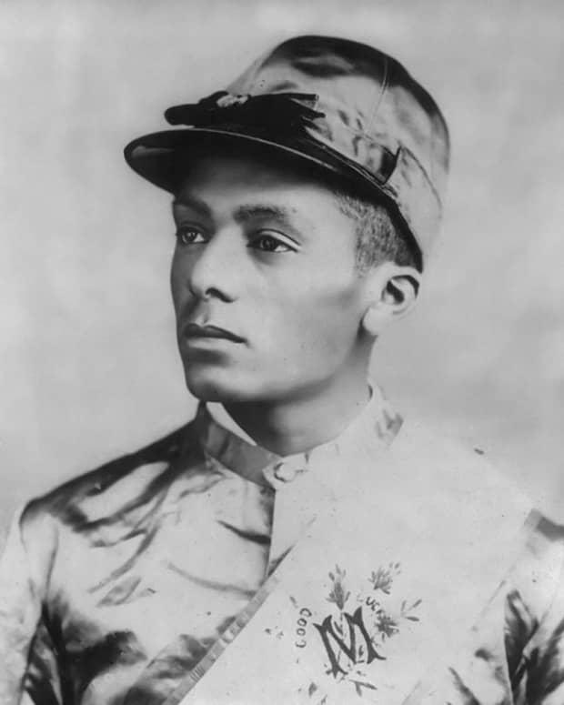 isaac-murphy-black-champion-jockey