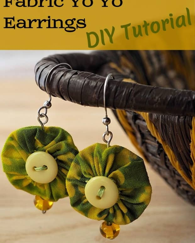 diy-jewelry-tutorial-how-to-make-earrings-out-of-fabric-yo-yos