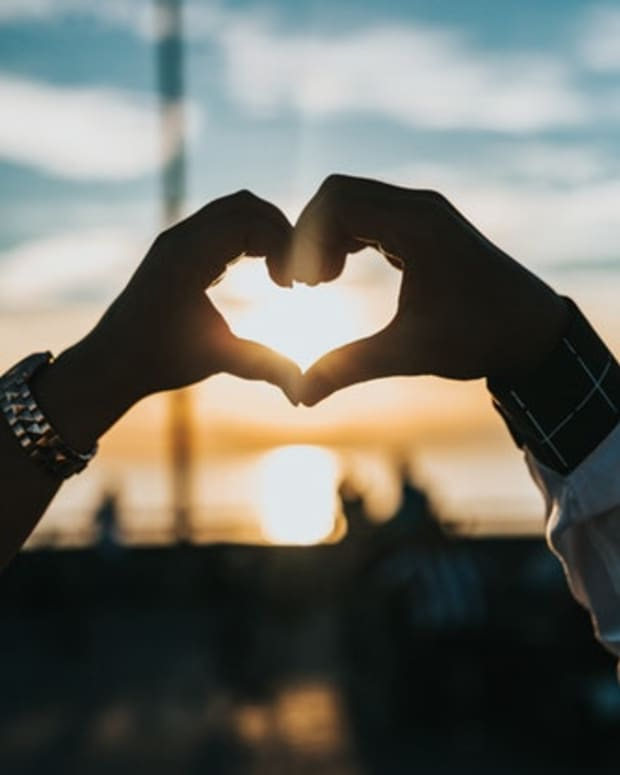 tonight-i-promise-a-love-poem