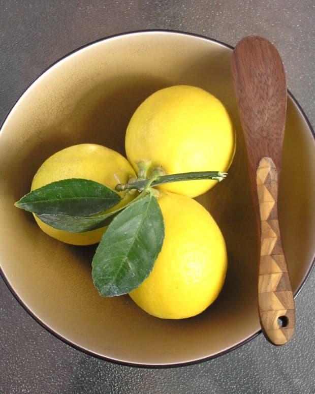 benefits-of-lemon-essential-oil