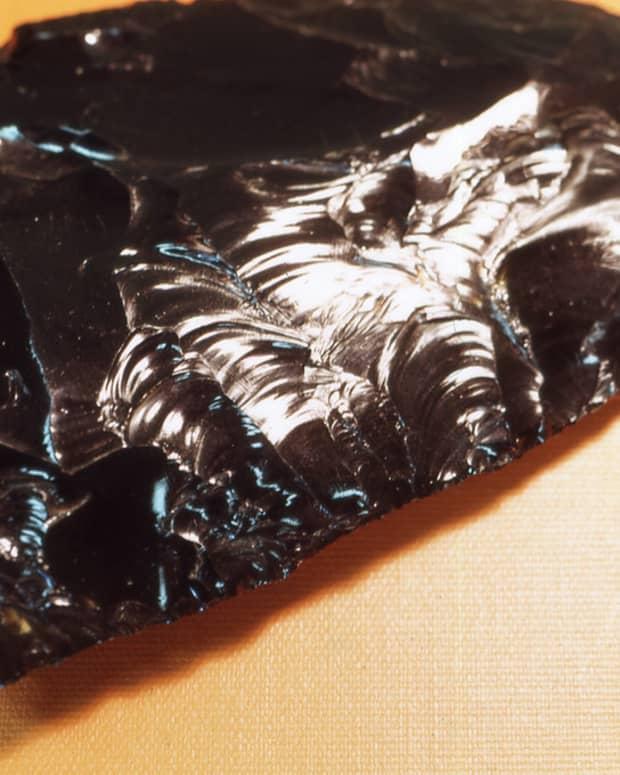 seven-varieties-of-obsidian-and-their-healing-properties