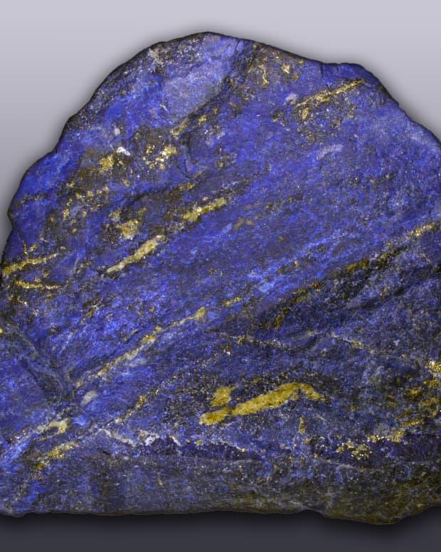 top-5-benefits-of-lapis-lazuli