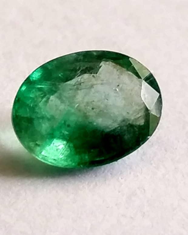 top-5-benefits-of-emerald
