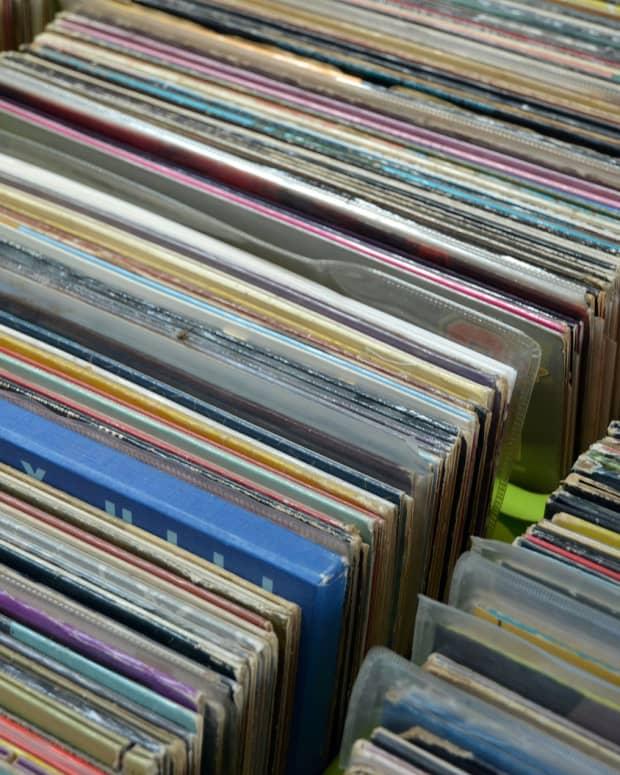 weird-thrift-store-record-finds