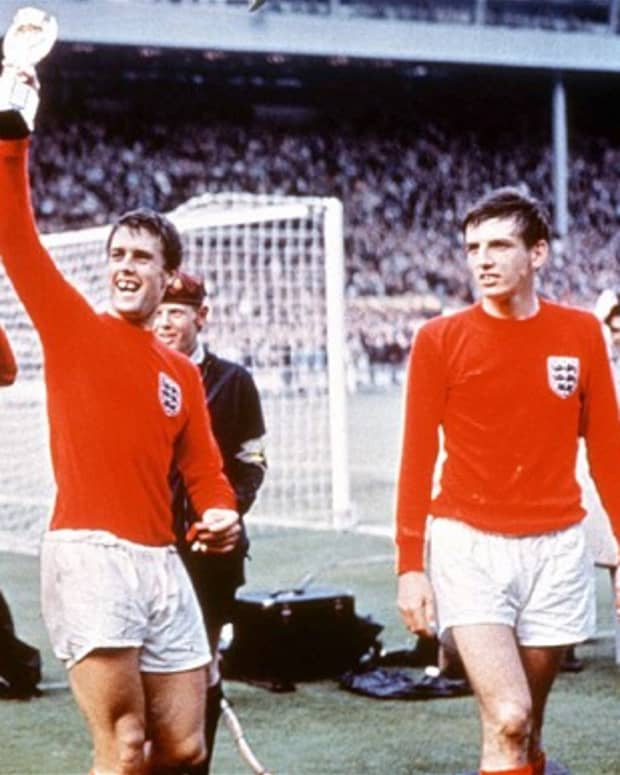 england-world-cup-shirts-through-the-years