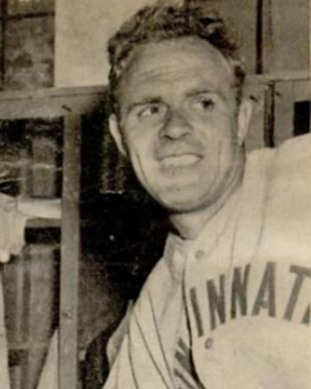 two-no-nos-in-a-row-80-years-ago-johnny-vander-meer-was-unhittable-in-consecutive-games