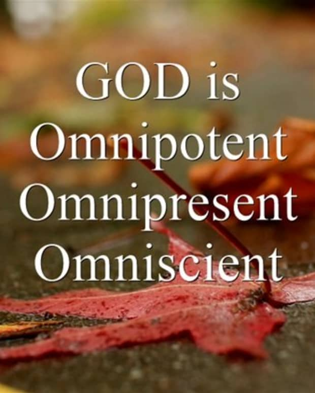 difference-between-omnipotent-omnipresent-and-omniscient