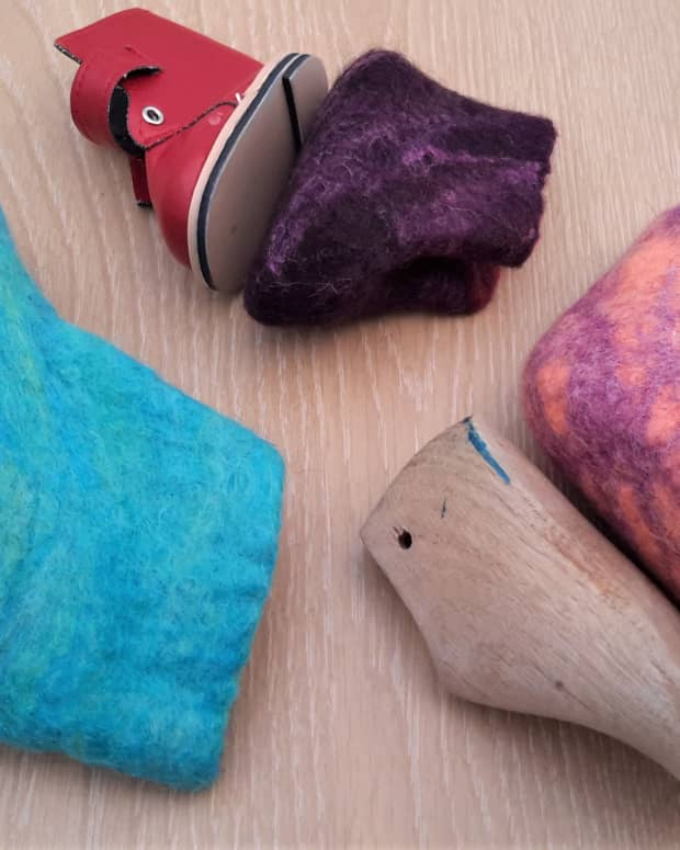 how-to-create-templates-for-wet-felted-boots-slippers