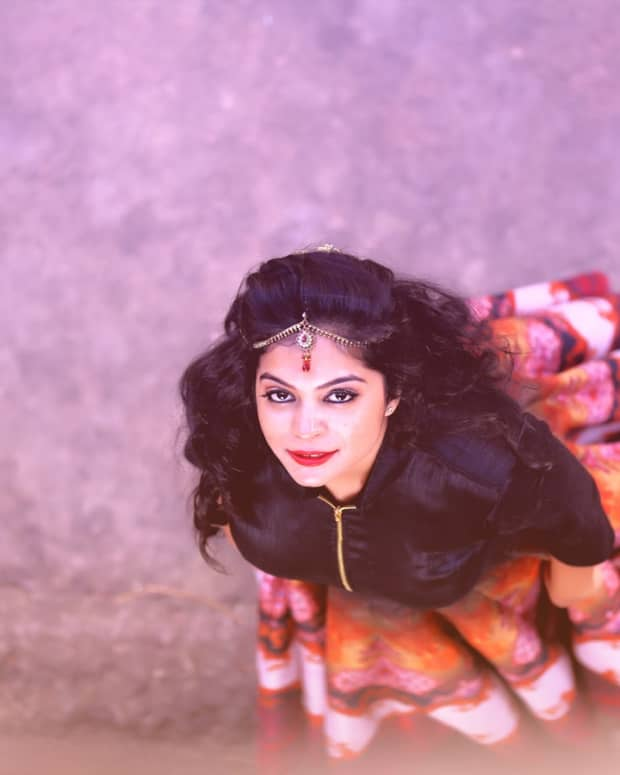 snow-white-re-envisioned-as-an-indian-folklore
