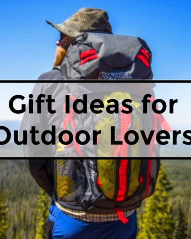 gifts-for-outdoor-lovers-camping-hiking