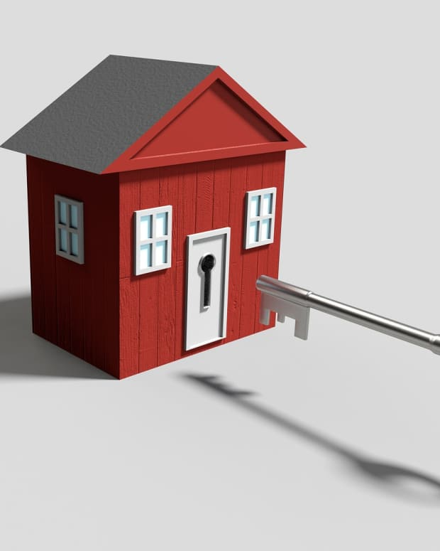 11-reasons-to-stay-at-home-and-manage-your-house