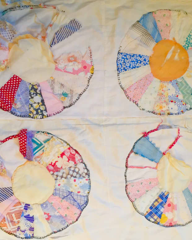 how-to-rework-a-tattered-quilt-with-a-serger