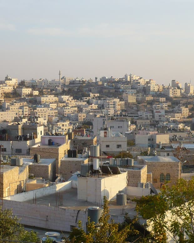 the-ghost-town-that-is-hebron